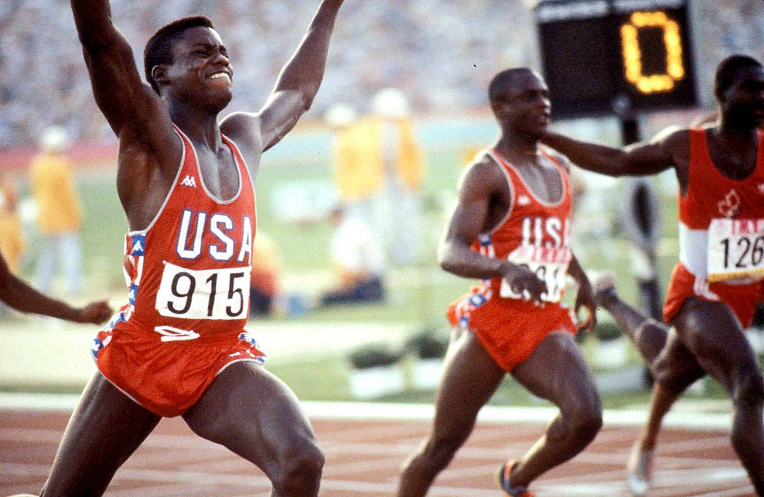 Carl Lewis holt Gold über 100 Meter